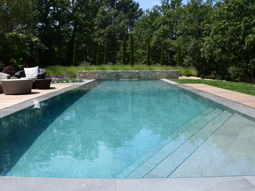 Construction D Une Piscine rénovation d'une piscine à trets par nos spécialistes