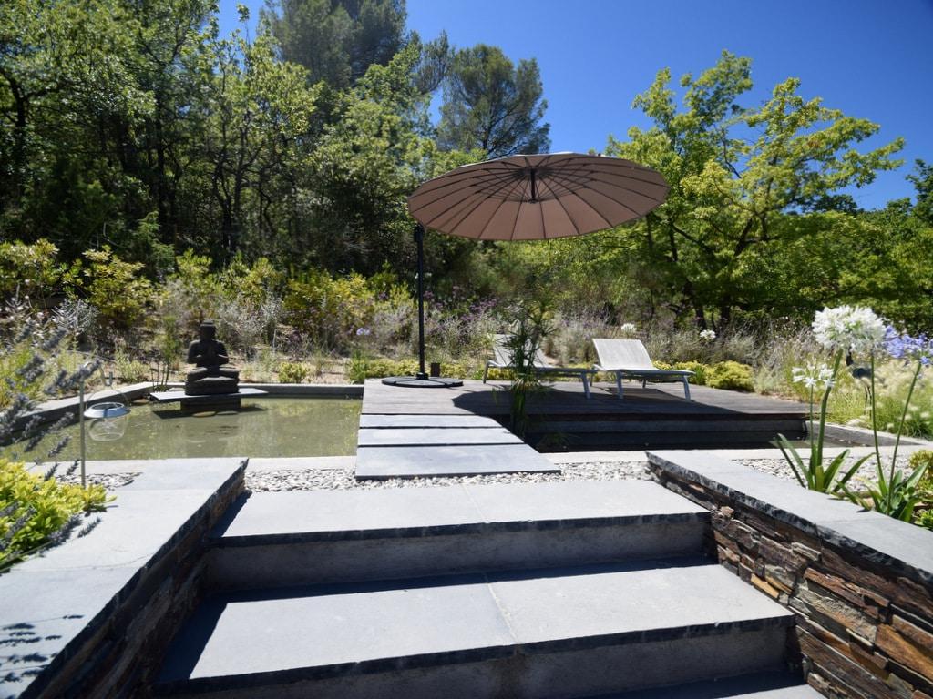 Création paysagiste jardin avec escalier