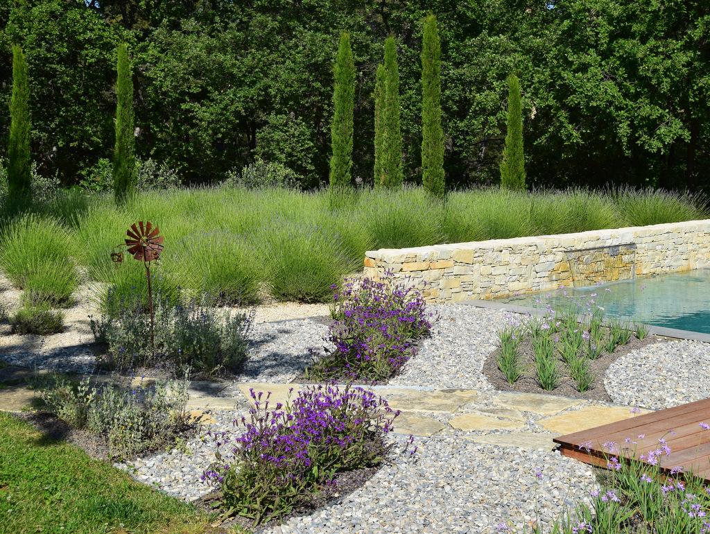 Aménagement espace vert et création de jardin moderne
