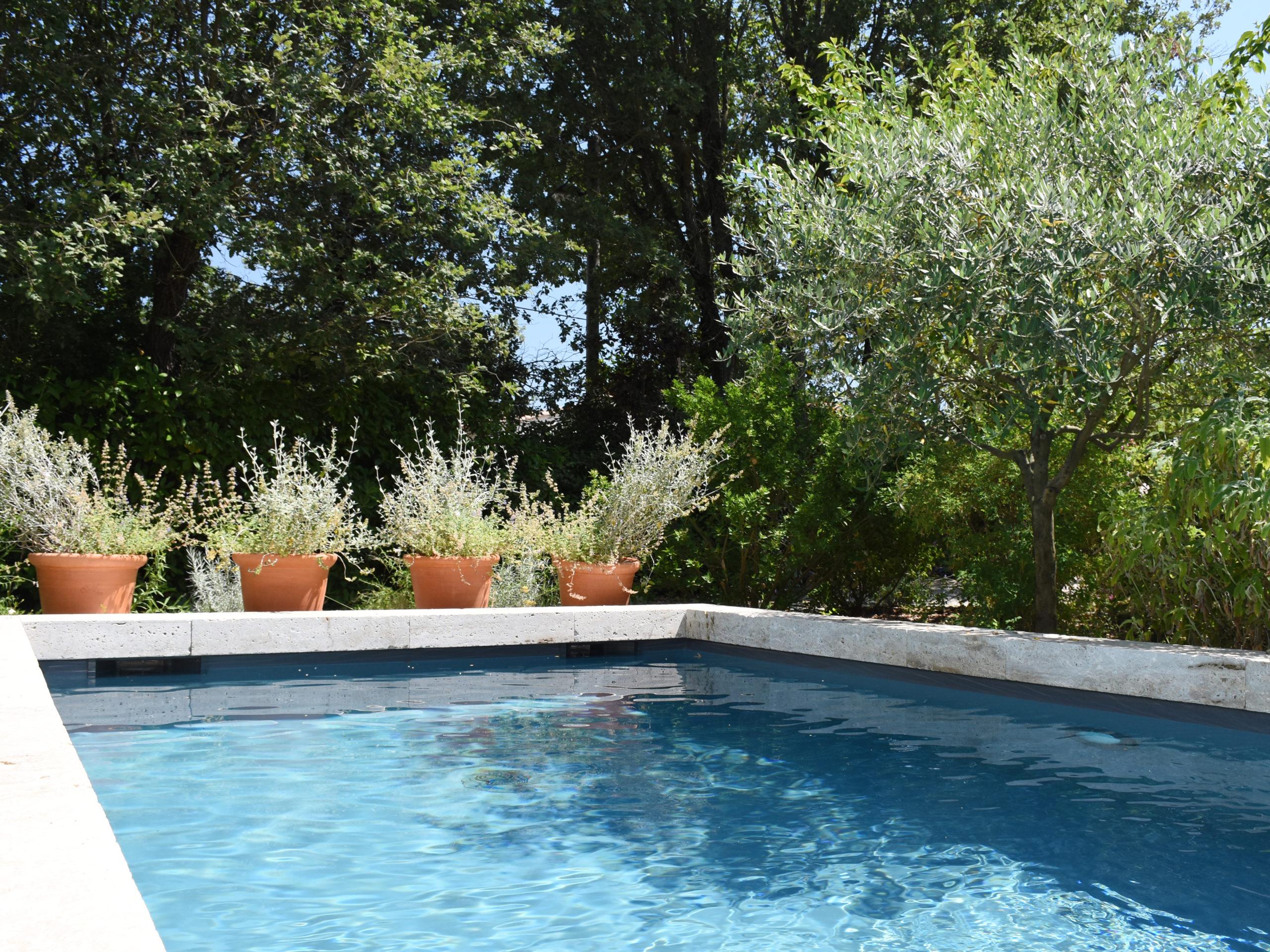 Remplacement liner piscine miroir eau
